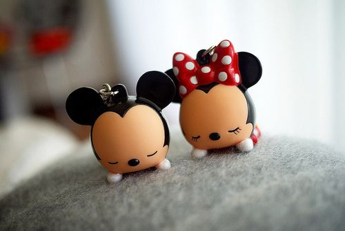 Mickey and Minnie Mouse keychains.