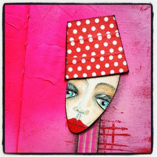 Neon pink and red and white polka dot art doll by Marieke Blokland www.bloknote.nl