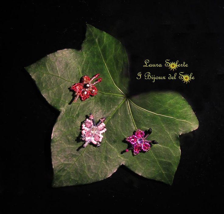 I Bijoux del Sole: Farfalline Chiara; I Bijoux del Sole: Farfalline Chiara, realizzate con cristalli, cristalli Swarovski e perline di precisione Miyuki