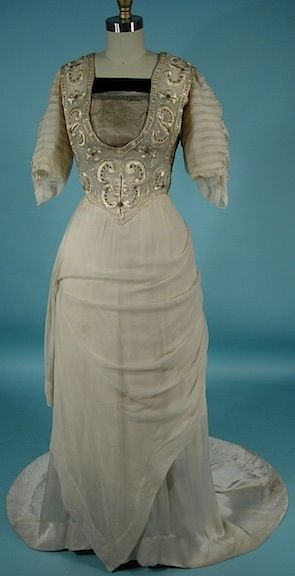 c. 1912 Trained Edwardian Gown of Ecru Silk with Embroidery.  Front