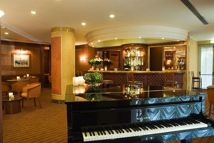 #music #piano #starhotels #tourist