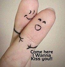 kiss #finger