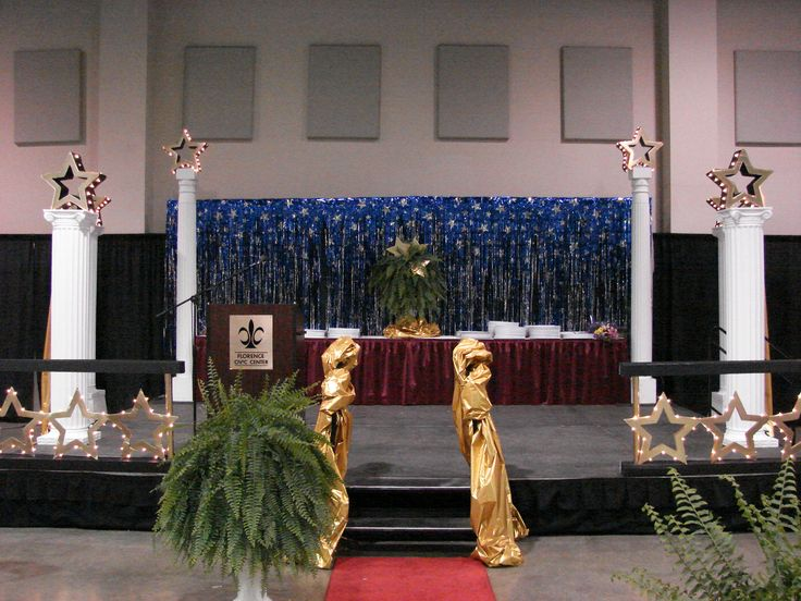 Stage decor for chs awards ceremony graduation stage for Awards decoration
