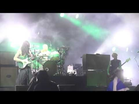 Biffy Clyro - On A Bang [NEW SONG FIRST PLAY EVER] Hogmanay 2015-2016 - YouTube
