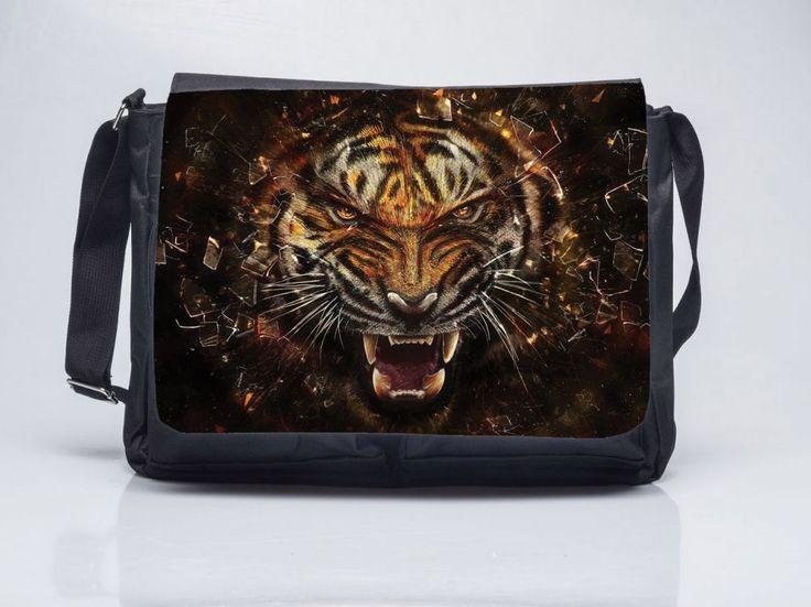 Kirobbanó erő - Oldaltáska You ORDER This Tiger Shoulderbag www.oldaltaska.hu hello@oldaltaska.hu