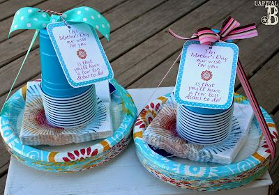 No dishes on Mother's Day...LOVE this gift idea for friends, visiting teachers, teachers, etc!! This also would work great when bringing meals to new moms, etc.