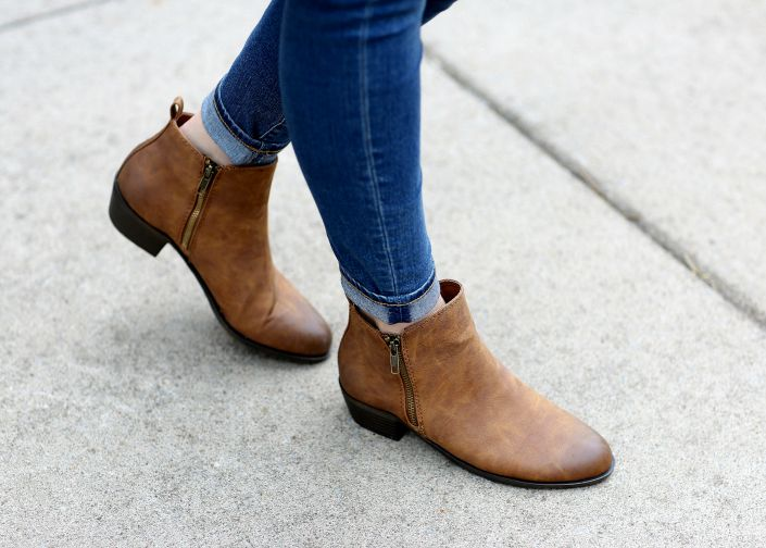 The perfect neutral ankle boots from @shoecarnival to go with all your favorite fall styles #ad #BackToSchool