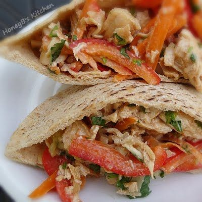 The Life & Loves of Grumpy's Honeybunch: Peanut-Sauced Chicken Pitas