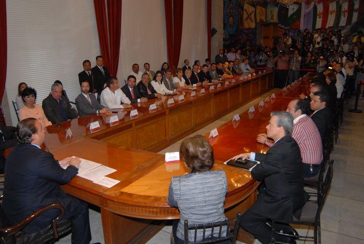 El Gobernador de Veracruz, Javier Duarte de Ochoa, asistió a la Instalación del Consejo Consultivo de Turismo del Estado de Veracruz, el 03 de abril de 2012, donde aseguró que el turismo es de gran influencia en Veracruz para mejorar la economía de la entidad y de sus habitantes.