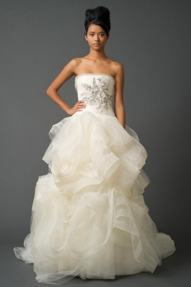 The 132 best Christmas Wedding Gowns images on Pinterest | Short ...
