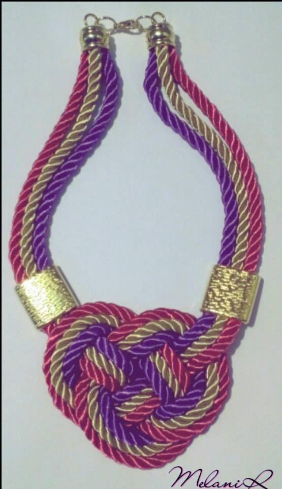 collar de nudo con cordon. Consultar precio.