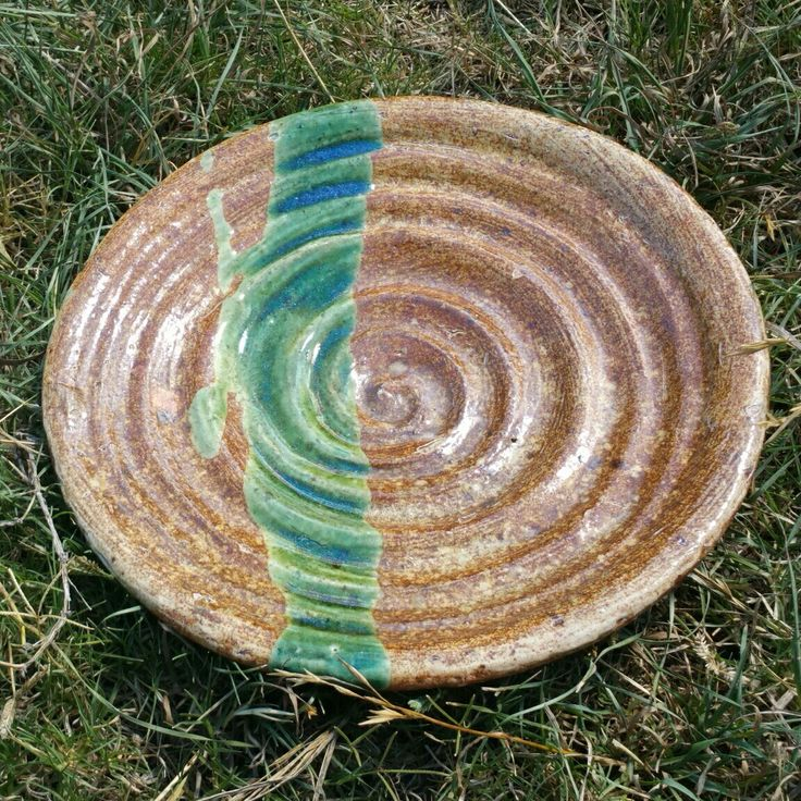 Twice fired platter. 25cm.