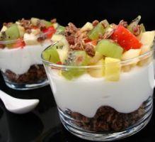 Recette - Fromage blanc aux céréales et fruits frais - Notée 4.0/5 par les internautes