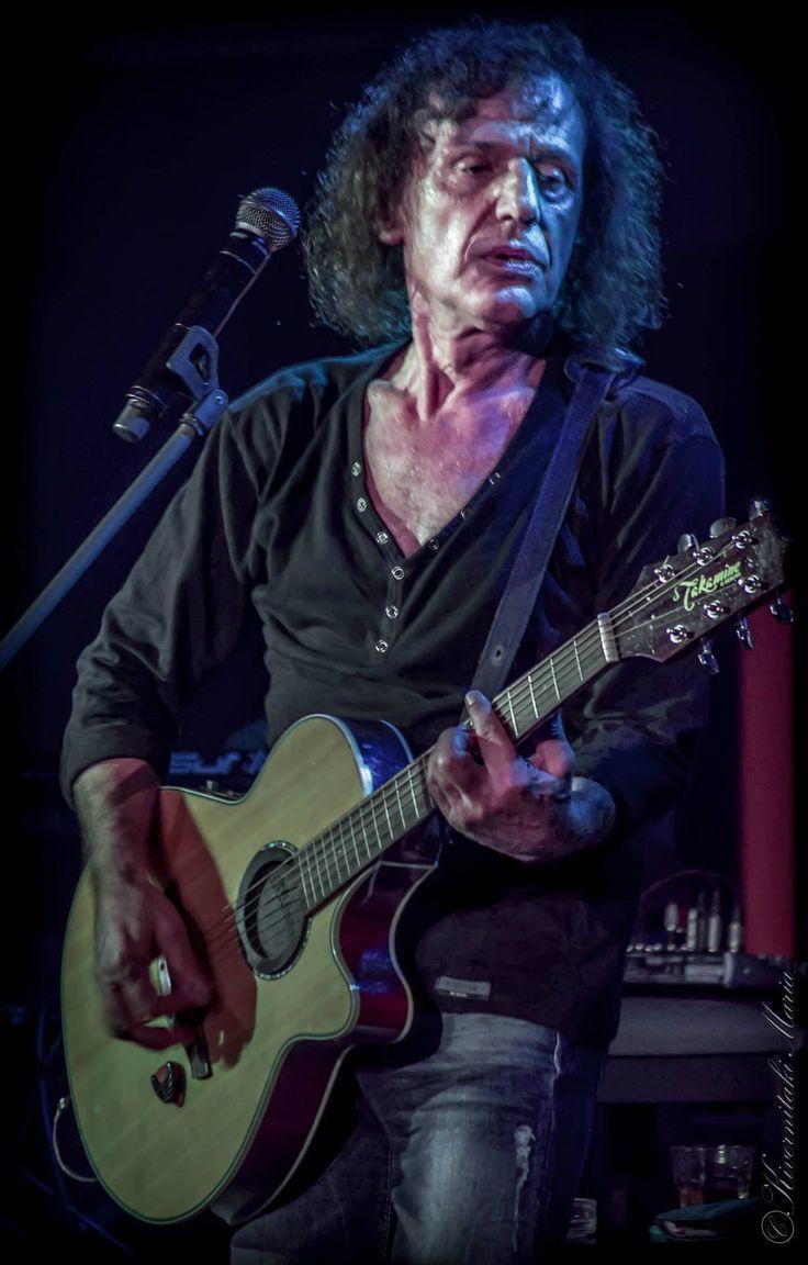 Βασίλης Παπακωνσταντίνου. Greek rock singer Vasilis Papakonstantinou.