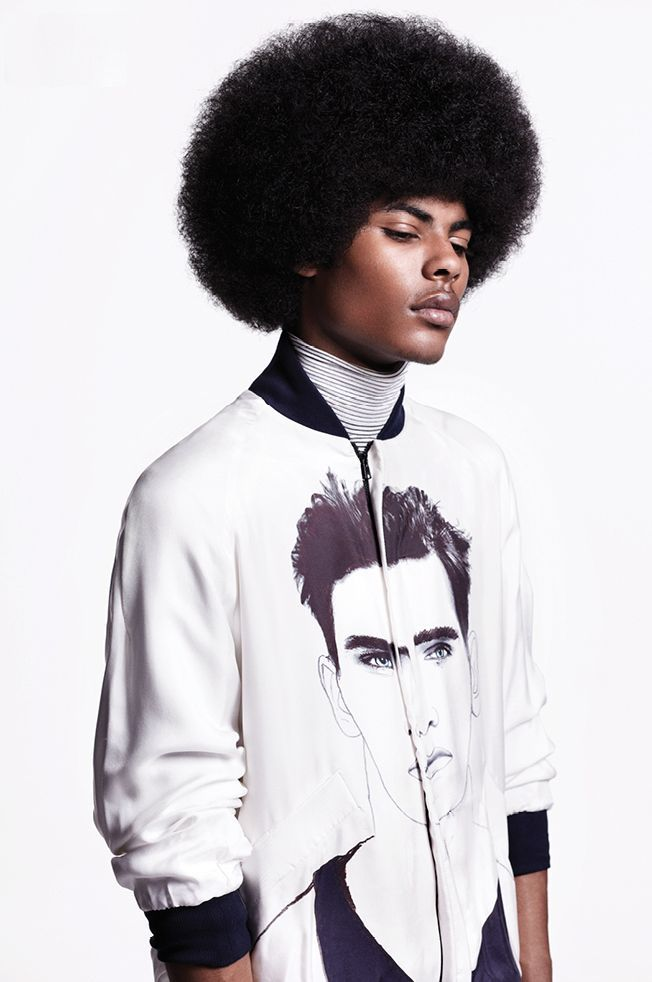 Afro hairstyle for men Afro-hairstyle, men Men with Afro hairstyle Afro hair for men Afro-hairstyle was last modified: November 2018 by Smart Frisuren Afro Hairstyles for Stylish Men was last modified: November 2018 by Smart Hairstyles Black Men Hairstyles, Natural Afro Hairstyles, Kid Hairstyles, Love Hair, Big Hair, Afro Look, Curly Hair Styles, Natural Hair Styles, Afro Men