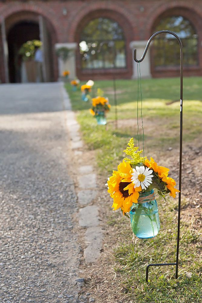 18 Sunflower Wedding Decor Ideas