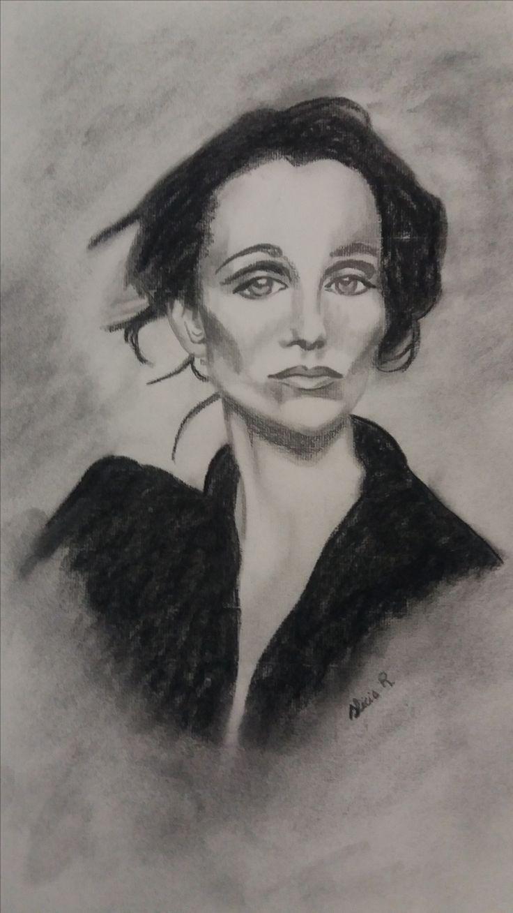 Retrato de Kristin Scott Thomas realizado en lapicero y carboncillo. Por Alicia Ruiz.