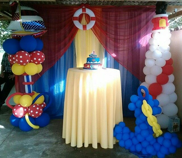 Nautica hermosa decoracion cortinas y globos - Decorar con globos ...