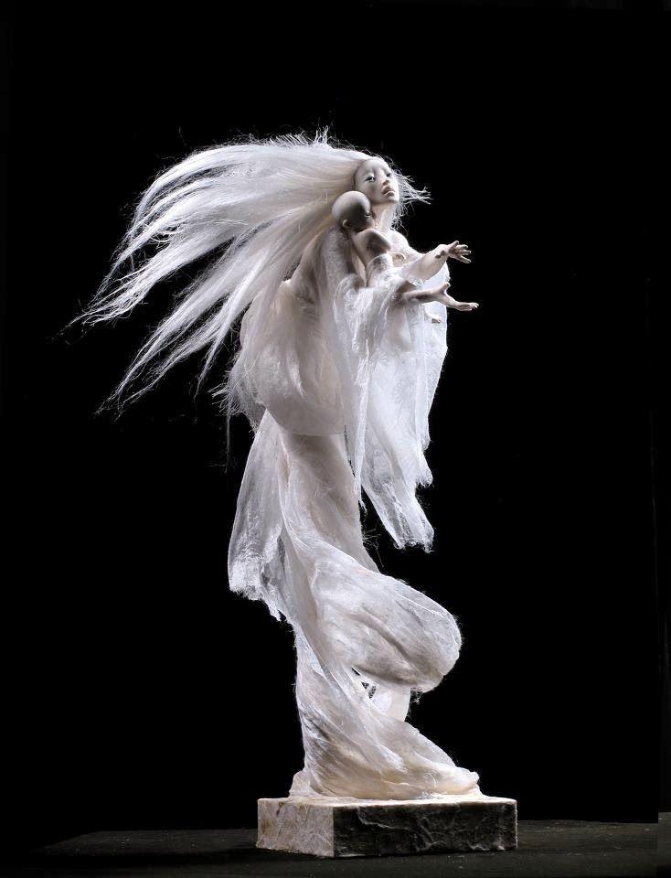 幽霊、魔女、妖精など。物語世界にインスパイアされた幻想的な人形造形 | ARTIST DATABASE