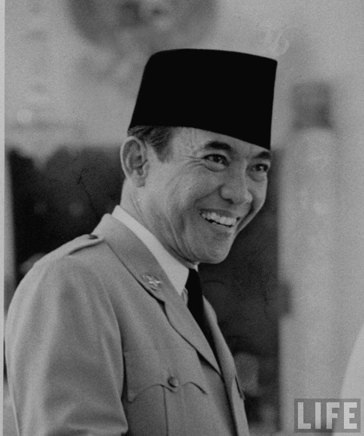 Presiden Indonesia Ir. Sukarno pada masa Pemilu 1955, Jakarta, September 1955.