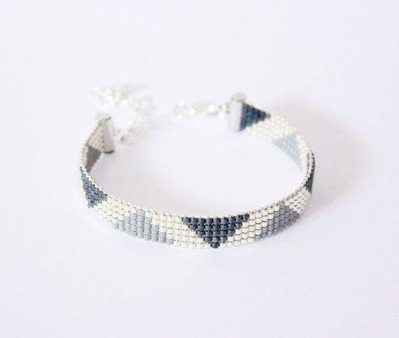 Hey, I found this really awesome Etsy listing at https://www.etsy.com/listing/221467805/bracelet-tisse-perles-miyuki-argent-et