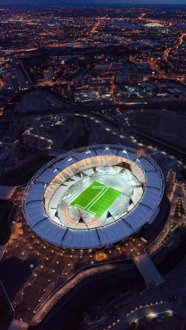 Amazing Snaps: London Bowl, Olympic Stadium, England