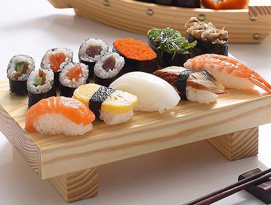 NIAO XIAN GUANGZHOU Shop 26-27, No.475, Huanshi East Road, Yuexiu District, Guangzhou/ Phone: 2205-0537 / A Japanese izakaya located in the heart of Yuexiu specializing in Japanese BBQ with popular snacks and basic sushi and sashimi.