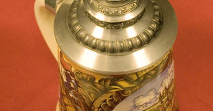 Cómo identificar marcas de tarros antiguos de cerveza alemana