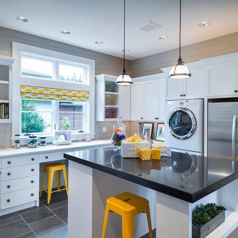 Best 25 large laundry rooms ideas on pinterest utility - Large laundry room ideas ...