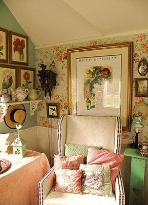 English Country: Would like to use the large flower botanical framed pics on a wall. Dining?