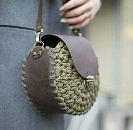 maybe salvage some of the green suede from old purse and do this?