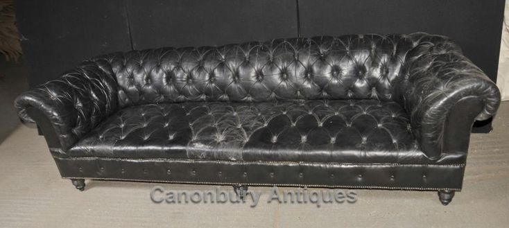 – Classic antique Chesterfield sofa in black leather – A massive 8 feet wide – 2…