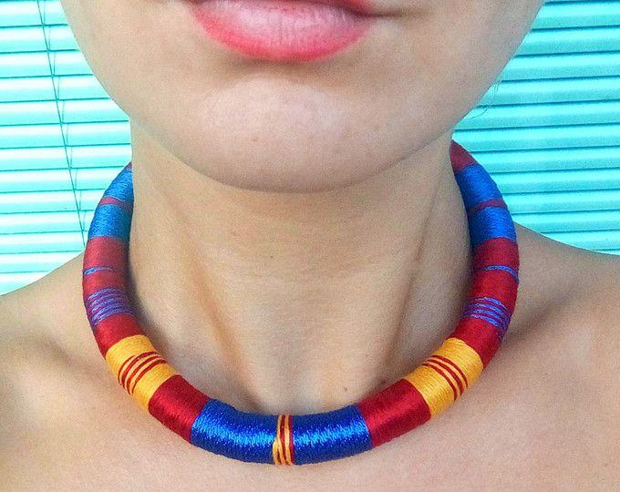 Collana girocollo, collana africana, collane girocollo, urbano girocollo, collana etnica, gioielli africani, collana tribale, collana di corda