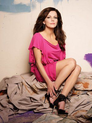 Martina McBride..my roll model, beautiful voice and I love her songs!!!