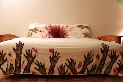 Zombie Bed Sheets @_@Guestroom, Guest Room, Zombies Beds, Guest Bedrooms, Walks Dead, Zombies Apocalyps, Sweets Dreams, Beds Sheet, Beds Sets