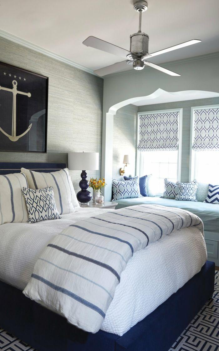 Schlafzimmer Maritim Inneneinrichtung Bild Von Anker Blaue Lampe Bettwasche Blau Weiss In 2020 Schlafzimmer Design Schlafzimmer Einrichten Haus Deko
