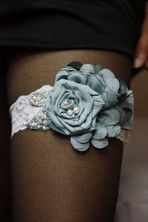 DIY lace garter