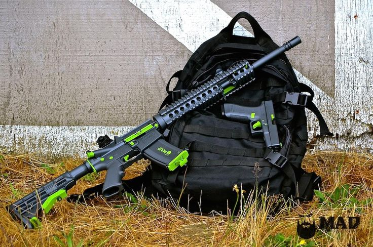 Here is an awesome AR and Glock combo featuring Cerakote Sniper Grey and Zombie Green Accents (even inside the rail)! This came out sweet!