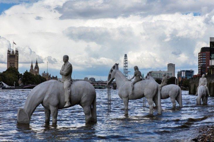 Эти скульптуры в Лондоне можно увидеть лишь дважды в день • Фактрум