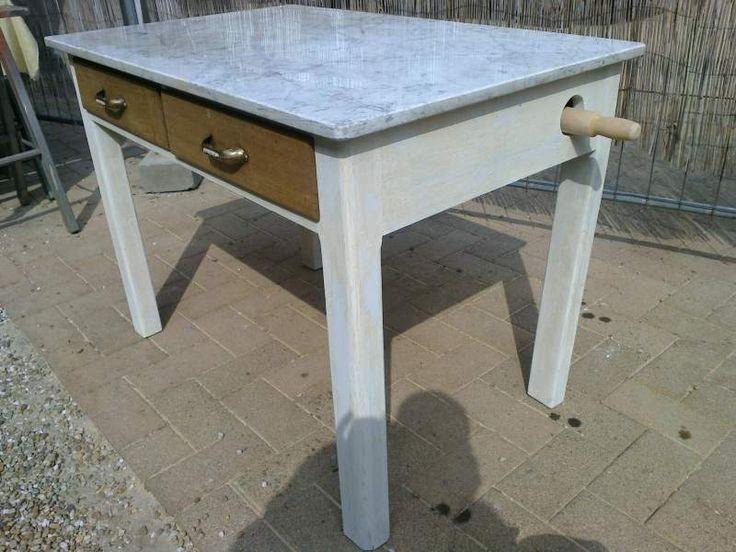 Due tavoli vintage anni 50 con marmo per pasta 4