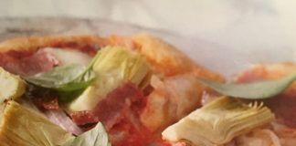 Ιταλική πίτσα (3 μονάδες τα 2 κανονικά κομμάτια)