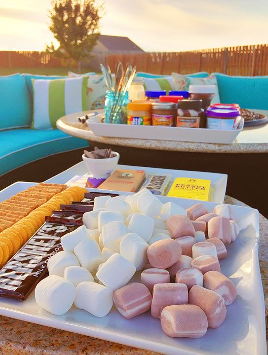 Setting Up the Perfect S'mores Station