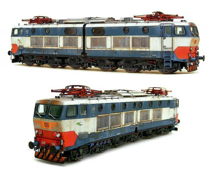 Locomotiva elettrica delle ferrovie italiane, FS E 656. Elaborazione da modello Rivarossi.