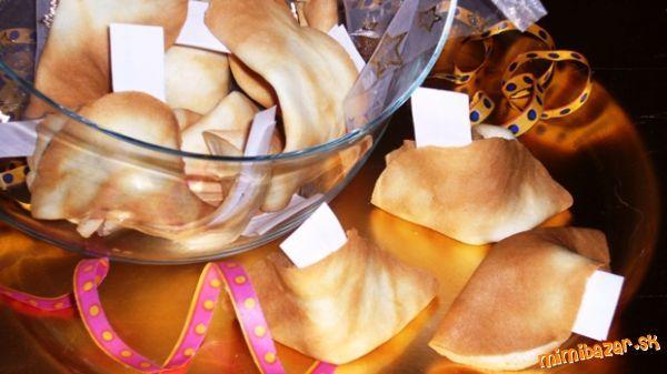 Čínske koláčiky šťastia (tip na Silvestra, párty či oslavu)