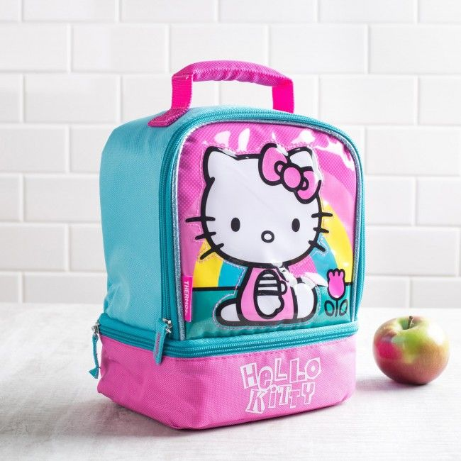 Hello Kitty says Hello, Lunch! This insulated Thermos lunch bag is perfect for taking your lunch with you. With large and small zip close compartments, a comfortable padded handle and thermal insulated design, your lunch will be as delicious as the moment it was made.
