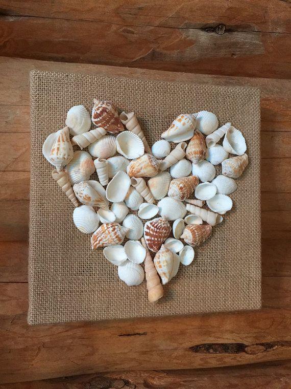 Etsy の Seashell Love...Seashell Heart Wall Art by imaginebyfranci