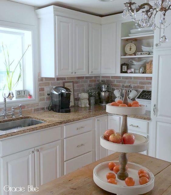 DIY Whitewash Brick Backsplash {and thinbrick source}