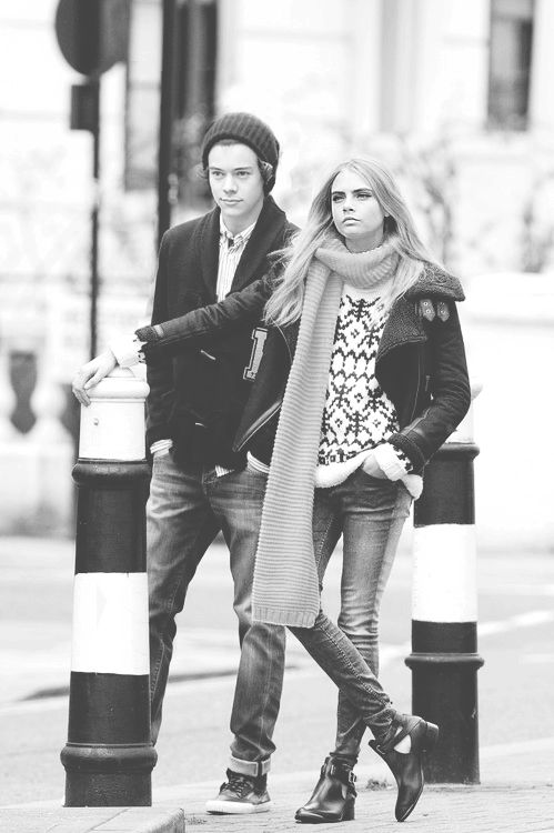 Cara and Harry Styles This may be photoshopped but I do not care
