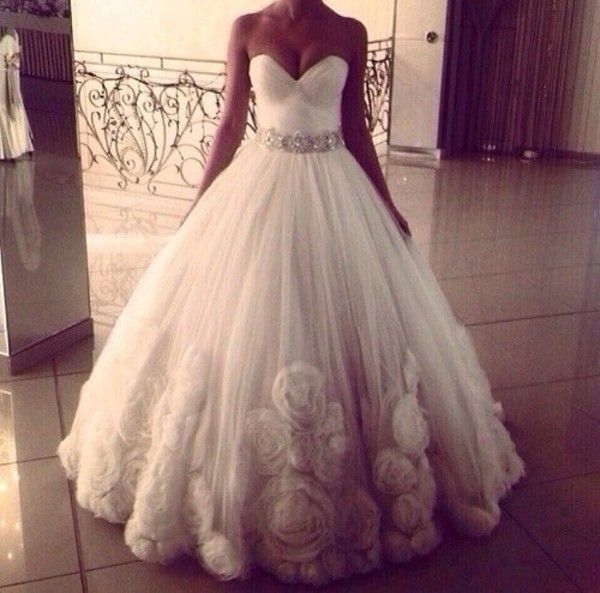 83 best Wedding Dresses with Roses & Flowers images on Pinterest ...