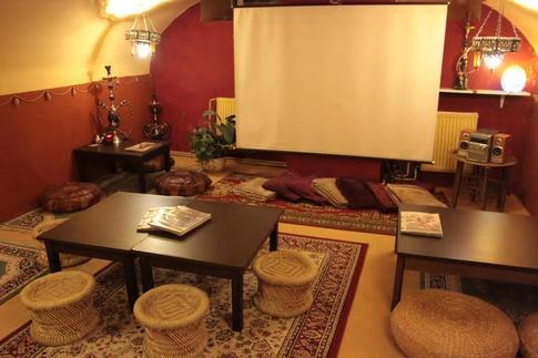 Čajovna Klubu cestovatelů v Brně - uvažuji, že zde uspořádám nějaký seminář nebo přednášku k www.zivotvevlnach.cz
